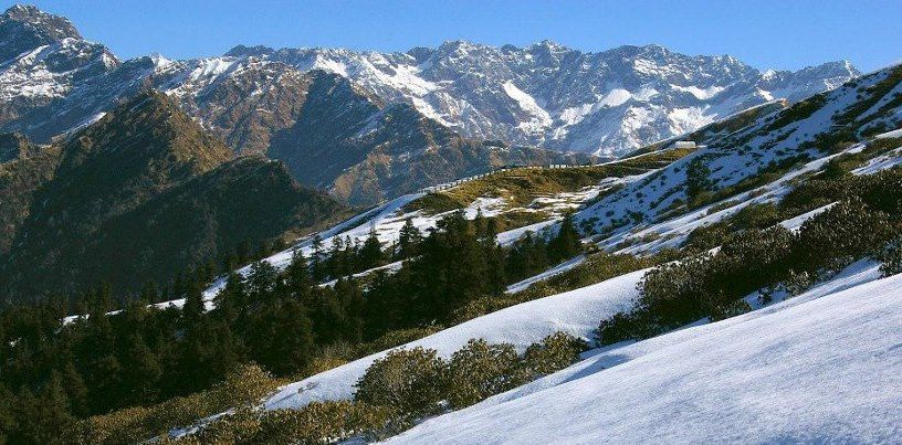 chandrashila trek in winter