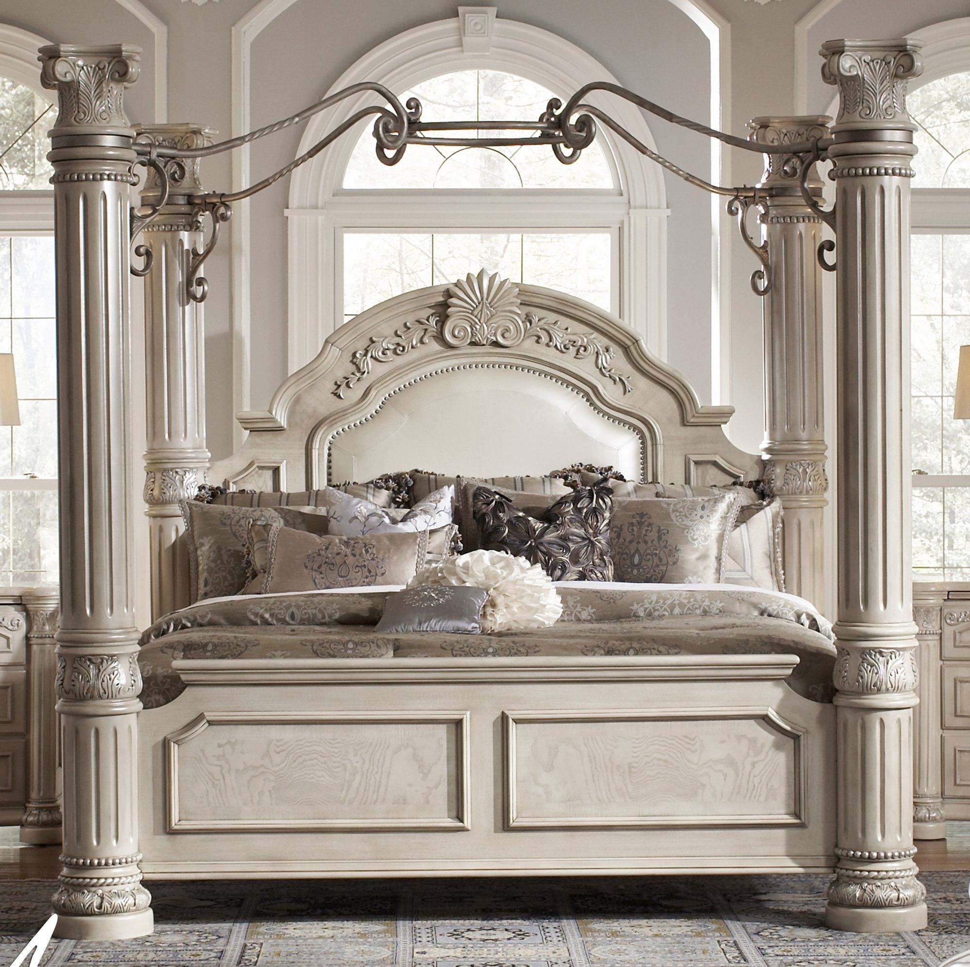 Aico Monte Carlo II - Silver Pearl Queen Canopy Bed only 1 Left ...