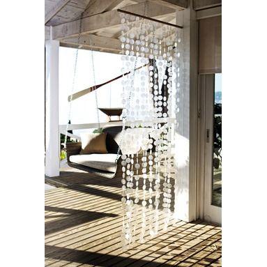 muschel vorhang aus der capiz muschel crafting pinterest vorh nge muschel und outdoor m bel. Black Bedroom Furniture Sets. Home Design Ideas
