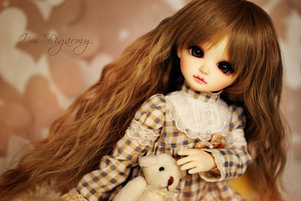 https://flic.kr/p/boQdpP | Mo and the Teddy Bear. | I love this photo. Mo so adorable, new wig, dress and the teddy bears is very very cute. ^^ Thank you Monae Doll shop (at JJ Market, BKK.) for the special price and super cute doll's accessory.