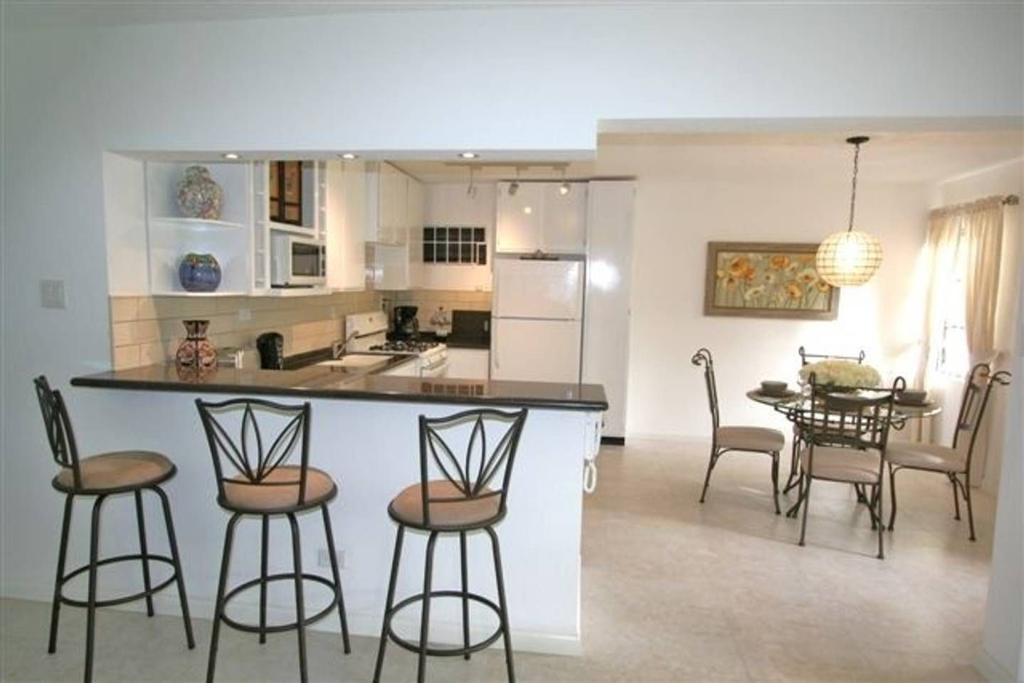 Apartment, South Coast, Barbados Apartments for Rent in