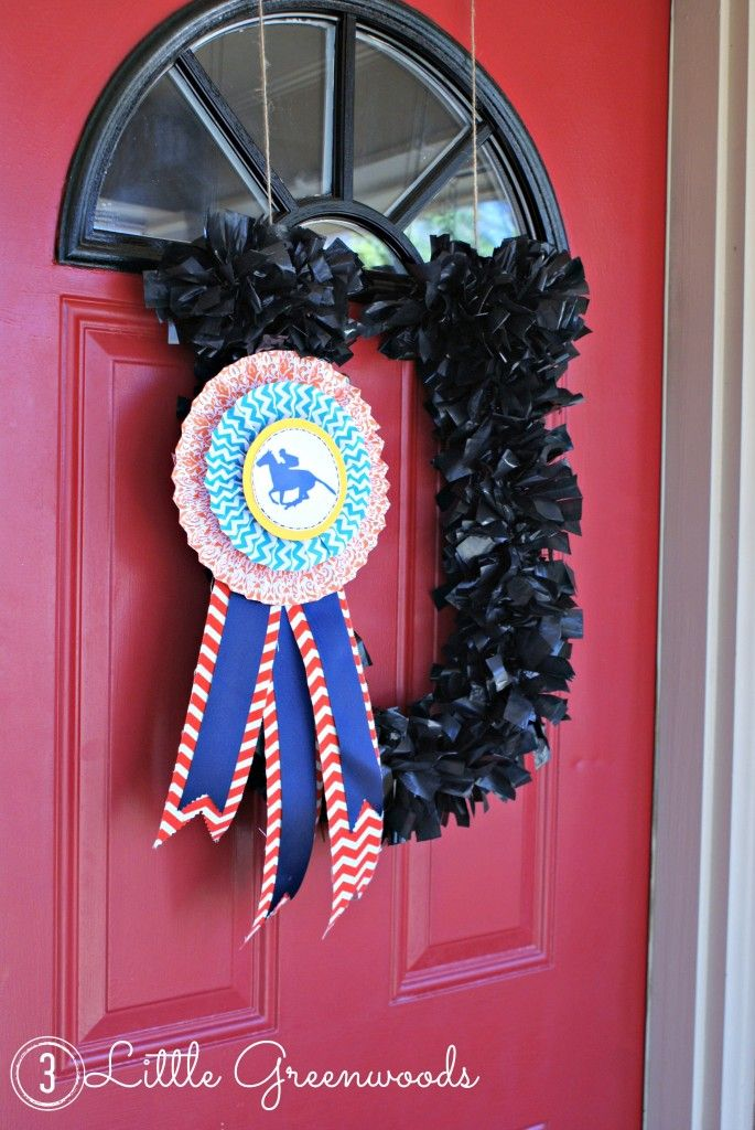 Race Day Wreath For Steeplechase Races Fun Diy Crafts Wreaths Crafts