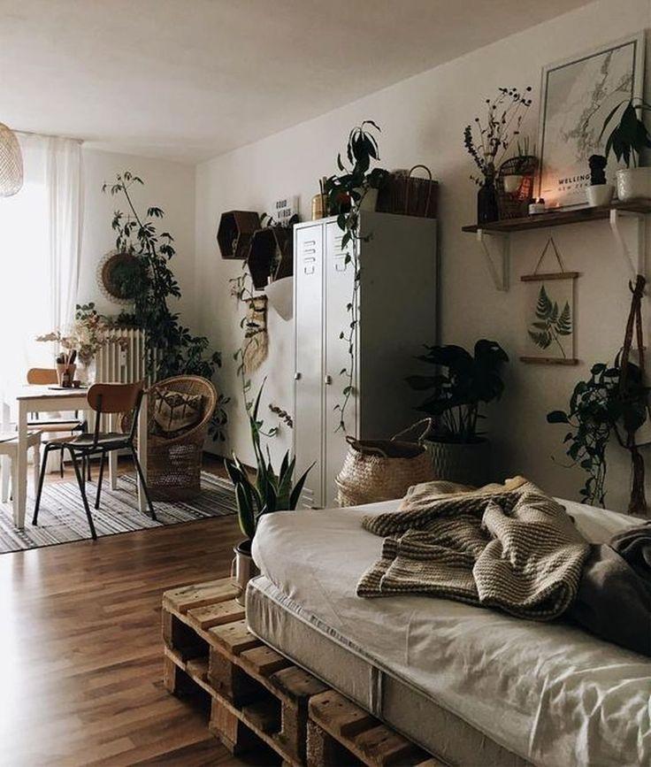 45 Inspiring Plants Ideas In Bedroom Decor – HOMEWOWDECOR