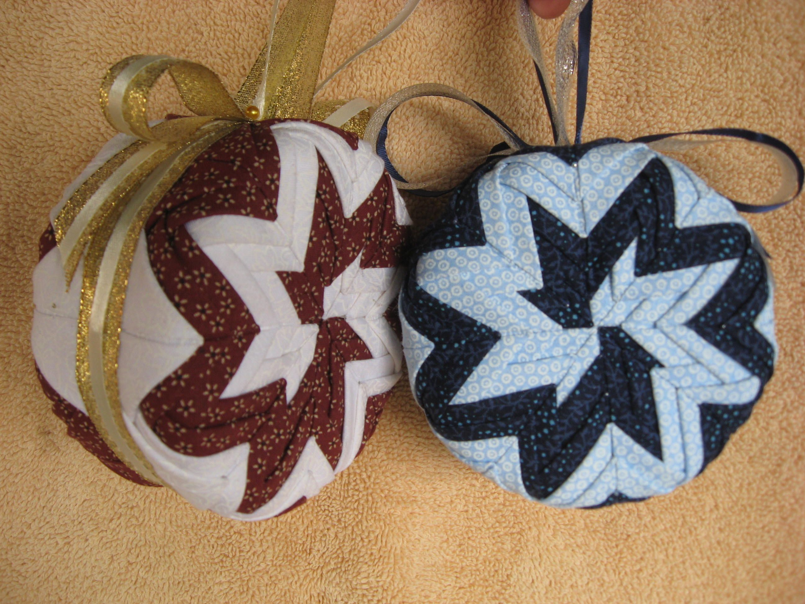Folded fabric christmas ornaments patterns - No Sew Pinwheel Christmas Ornaments These Handmade Holiday Decorations Will Brighten Your Christmas Tree Year