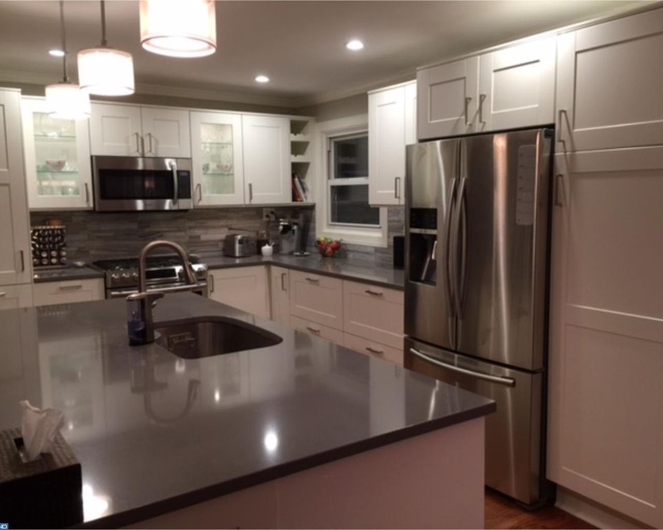 503 Crossfield Rd King Of Prussia Pa 19406 Mls 6984073 Zillow Kitchen Renovation Kitchen Zillow