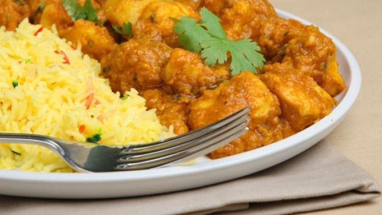طريقة عمل الدجاج بالكاري على الطريقة الهندية Curry Chicken Indian Cooking Curry Chicken And Rice
