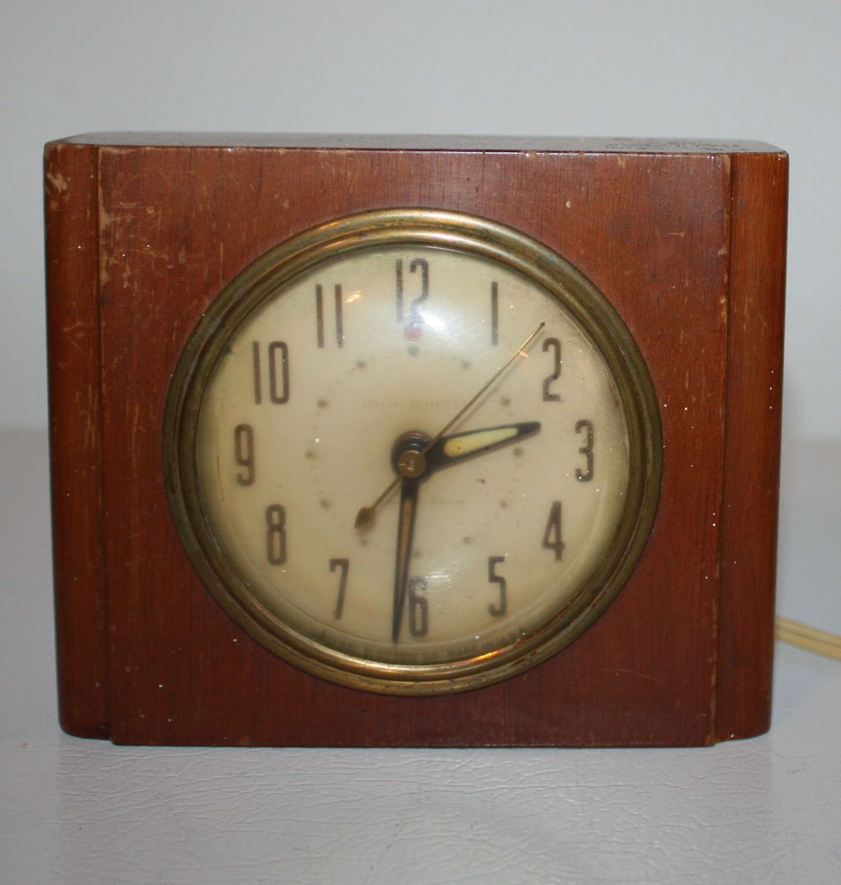 Vintage 1960s General Electric Clock Wood Table Model 7ha162 Alarm Works Well Clock Vintage Clock Electric Clock