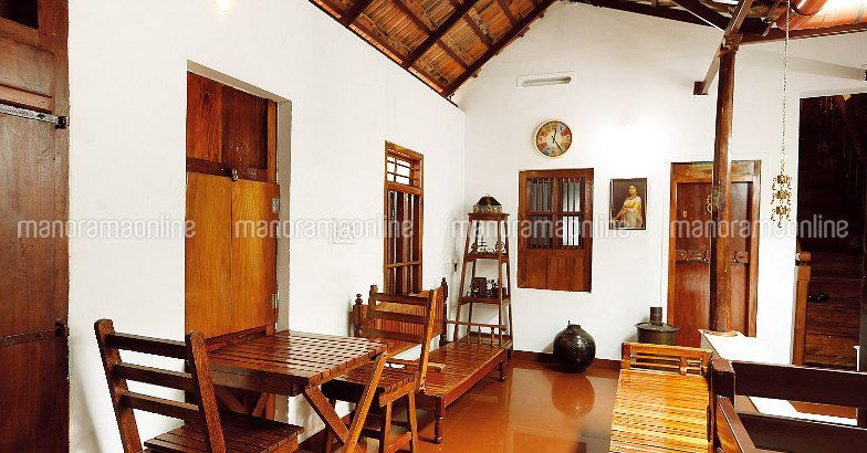 Latest Kerala Nalukettu Model Home Design 4 Bedroom Nalukettu House Designs Low Cost 4 Bedroom Fu Kerala House Design Kerala Traditional House Kerala Houses