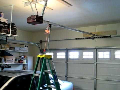 Noisy Genie Screw Drive Garage Door Opener Genie Garage Door