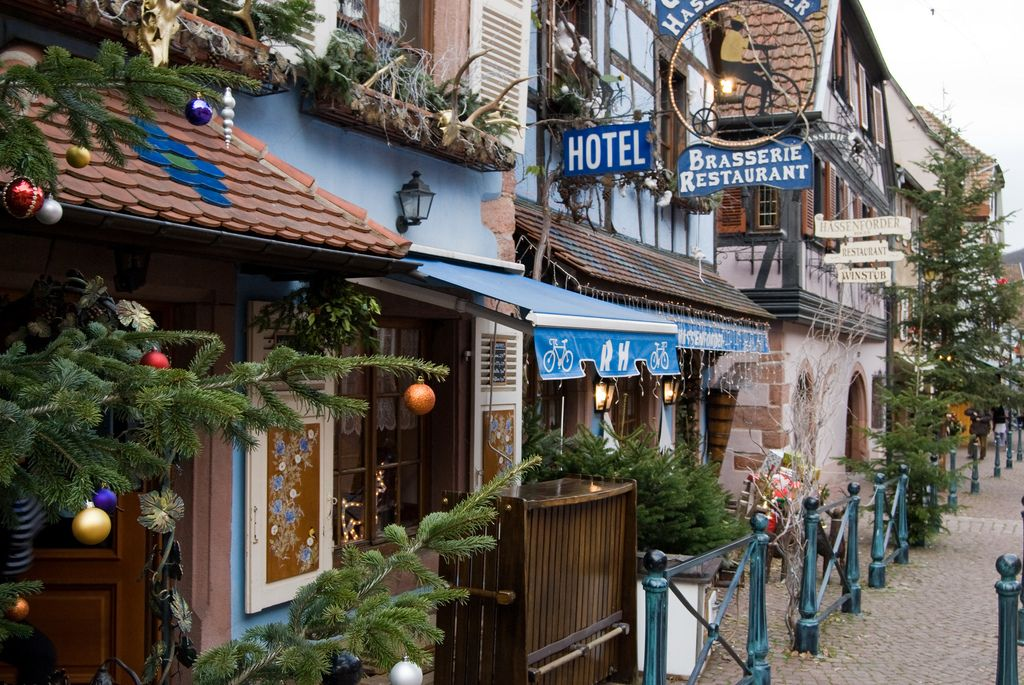 Kaysersberg. Beautiful shops, markets and cafes.