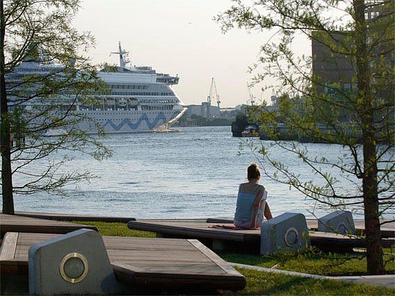 Die besten Plätze zum Schiffegucken an der Elbe