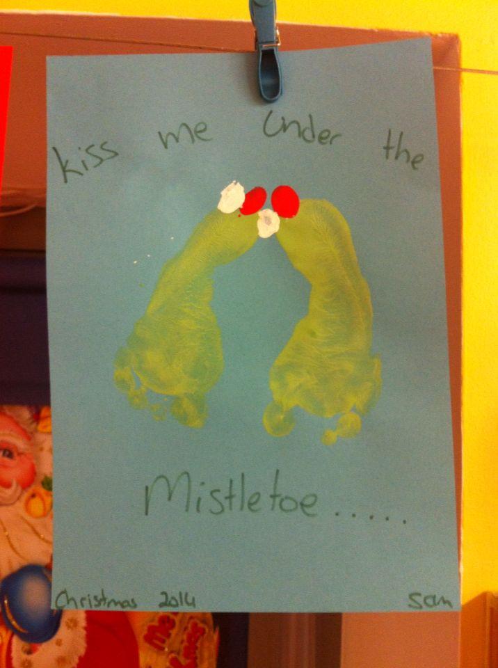 Mistletoe footprints
