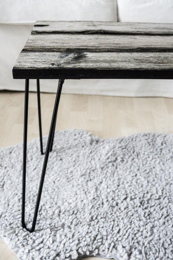 Upcycling table with wood and hairpin legs by @schereleimpapie