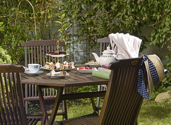 a 10 year old teak garden furniture set was transformed in to this beauty using protek