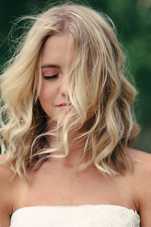 Shoulder Length Waves On Pinterest Oblong Face Shape