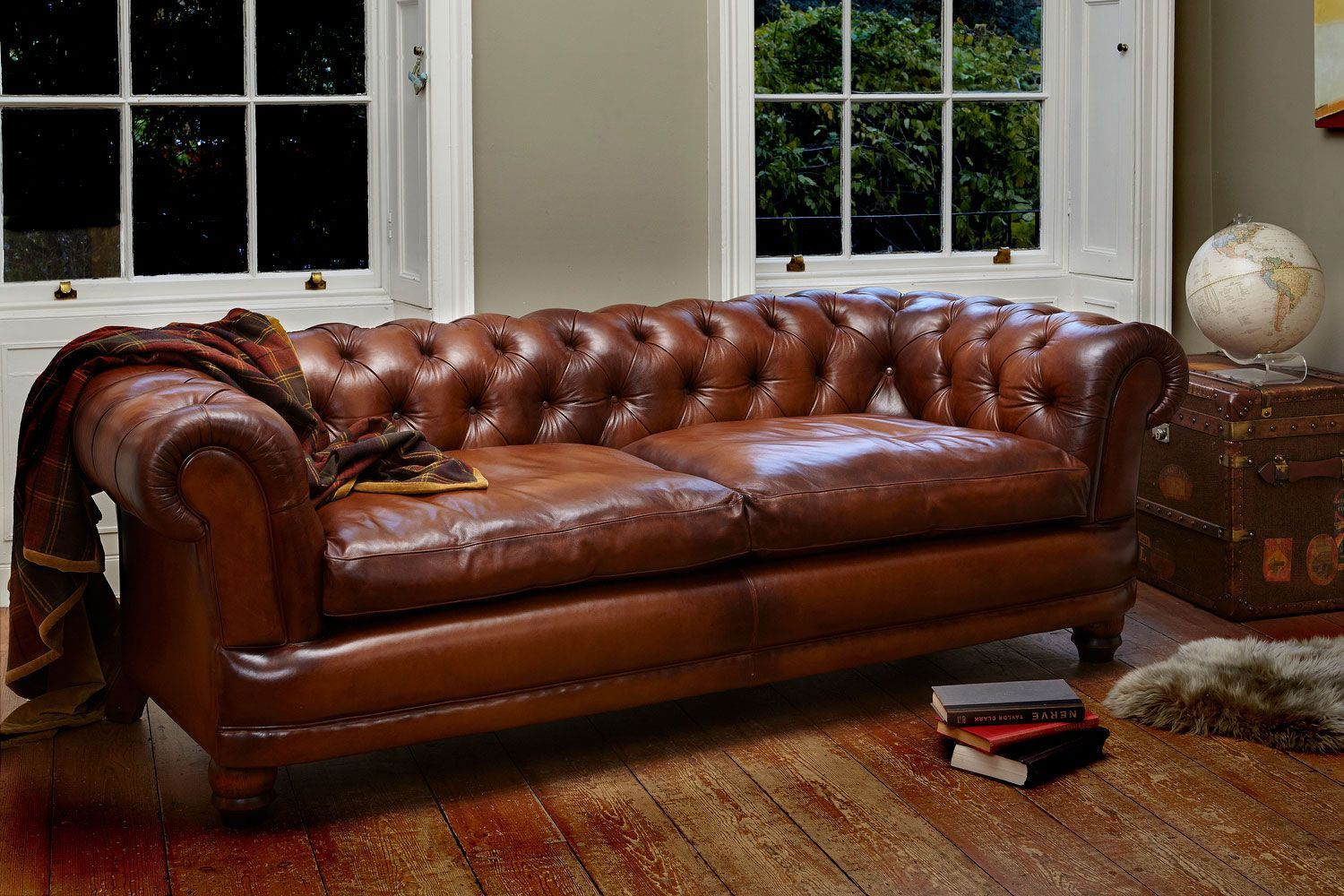 Brown tufted chesterfield sofa buying tips for a chesterfield sofa check more at http www wearefound com buying tips for a chesterfield sofa