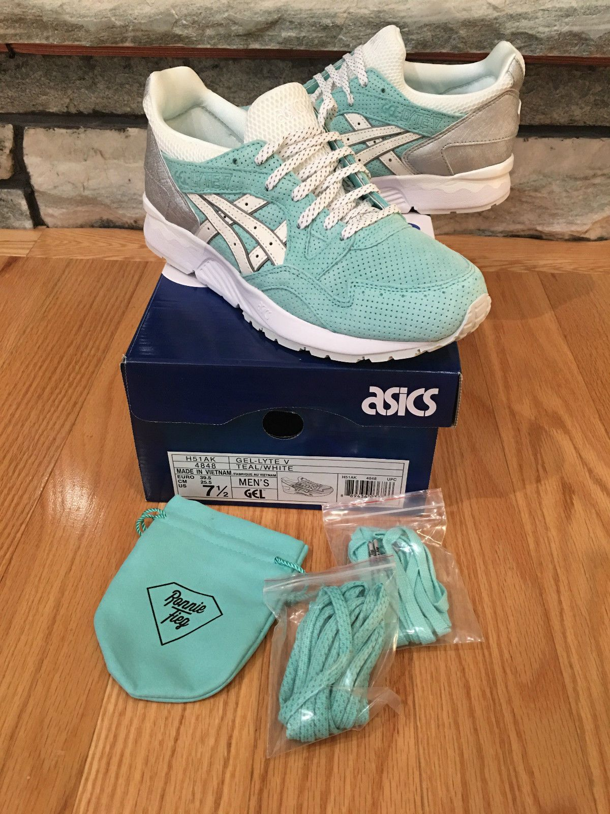 b0b84eaca050 ASICS x KITH Ronnie Fieg x TIFFANY Diamond Supply Gel Lyte V Size 7.5 DS New