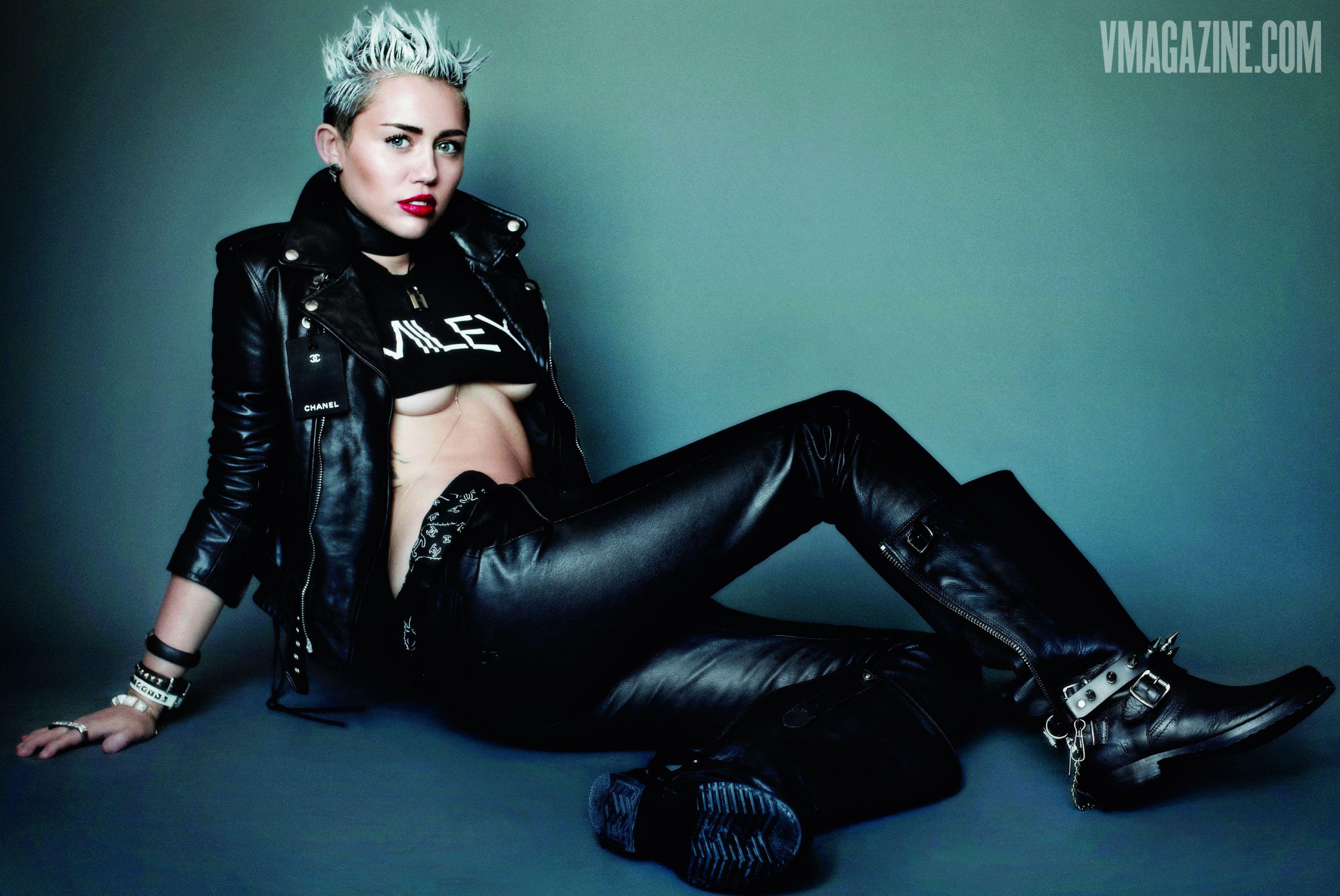 Miley Cyrus by Mario Testino for V Magazine Style Miley Cyrus .mx