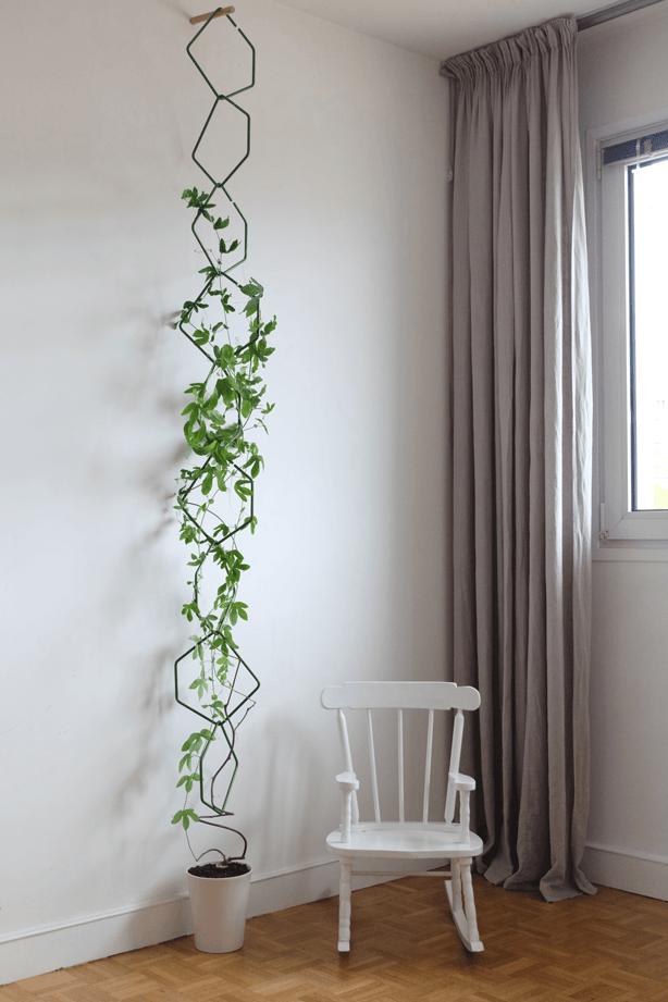 Frédéric Malphettes reaches new heights with Anno, his latest modular vertical garden trellis structure. #gardentrellis