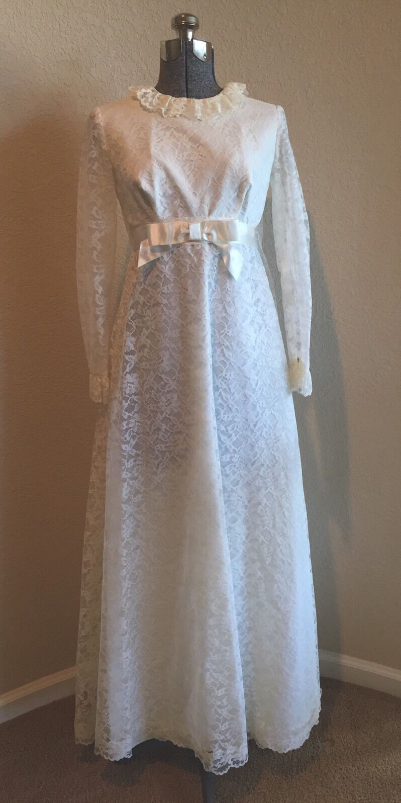 Vintage 1960\'s Wedding Dress Empire Waist Baby Doll Style Gown ...