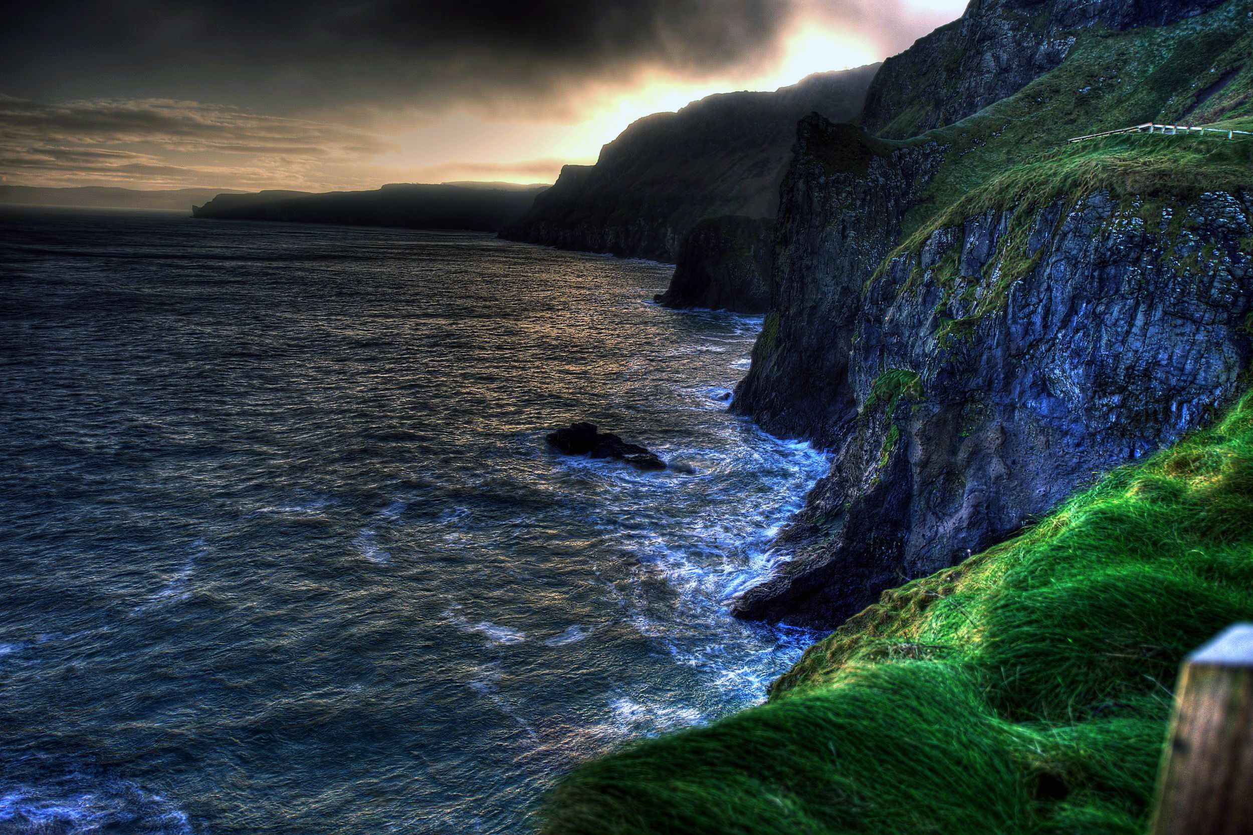 The wallpaper of amazing coastline of Ballintoy in