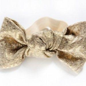 gold-shimmer-bun-bow