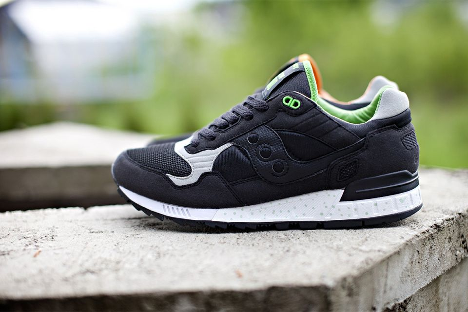 quality design bc7e4 aa304 Solebox x Saucony Shadow 5000