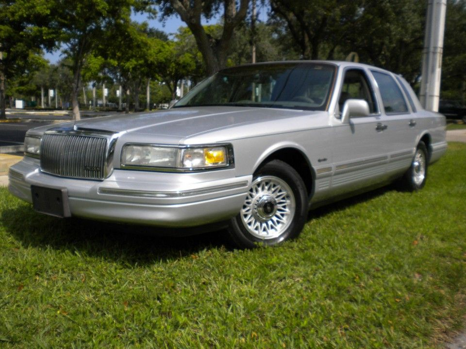 1997 Lincoln Town Car For Sale 1997 Lincoln Town Car Lincoln Town Car Lincoln Cars