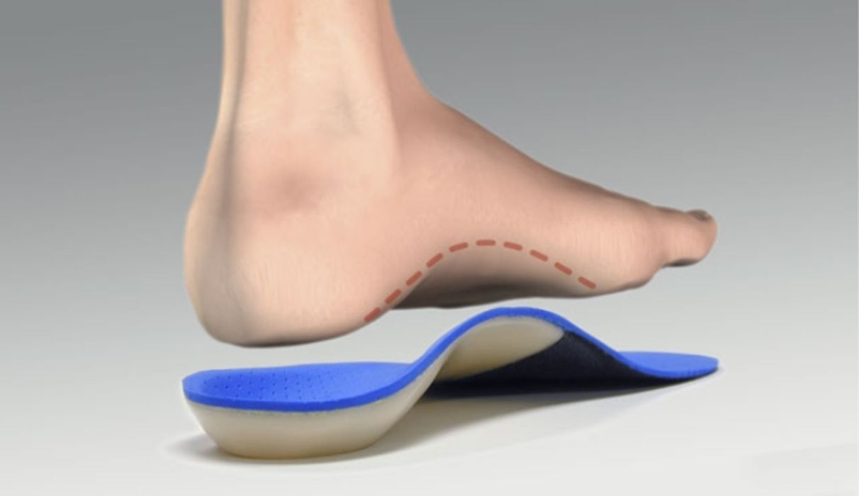 Walkfit Jewelry are an orthotic device positioned within the boot, they've been designed to provide optimum base purpose to the individual. This can be a department of medicine thought to be function. This really is where our walking routine (or stride) is analyzed once we walk or work. Wrong function may also be behind a number of other lower-body problems, including backpain, hip and leg.