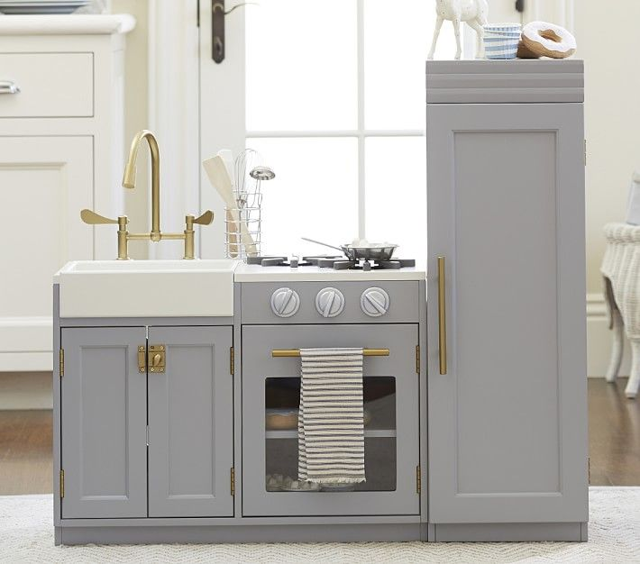 Farmhouse Sink Shaker Cabinets Lucy Could Have A Nicer Kitchen Than Me Chelsea From Pottery Barn Kids