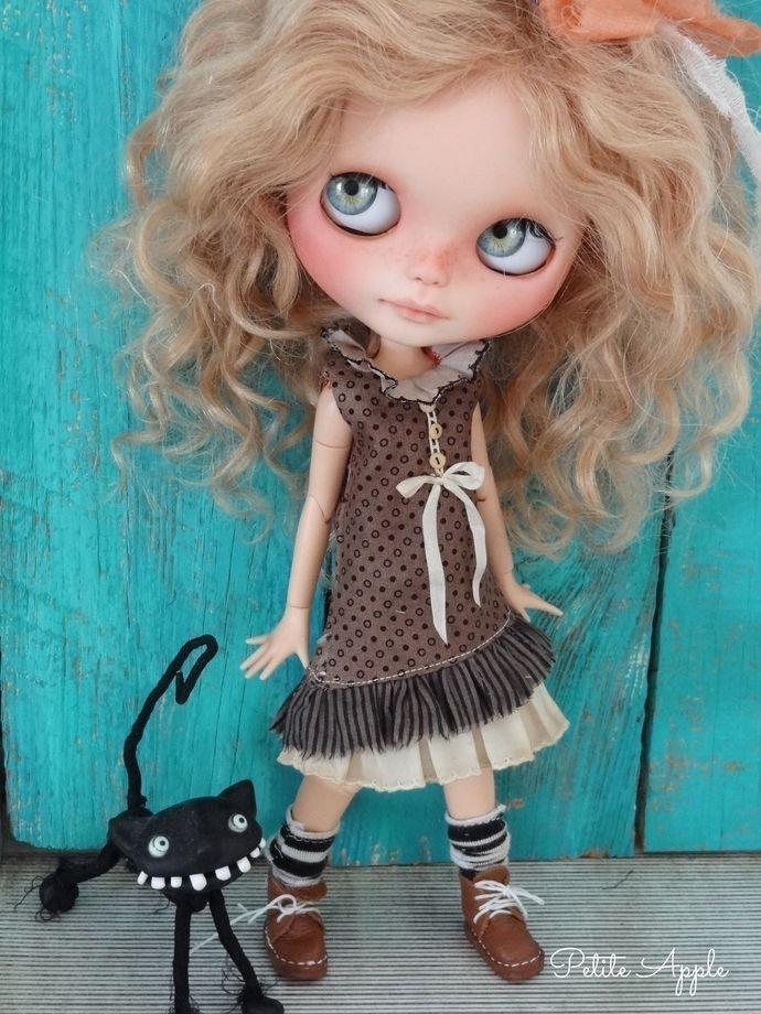 Blythe doll outfit *Country path* decadent vintage style dress