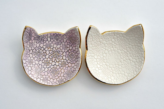 Items similar to MEOW! Cat face lace dish – ceramic jewelry dish with gold and luster – wedding ring bearer – ring dish plate on Etsy