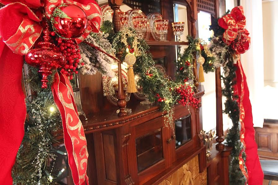 Shopping, music, the Parade of Lights, and more upcoming events in Newton... just in time for the holidays! Get your Christmas shopping started before Thanksgiving at the 28th annual Holiday Bazaar...