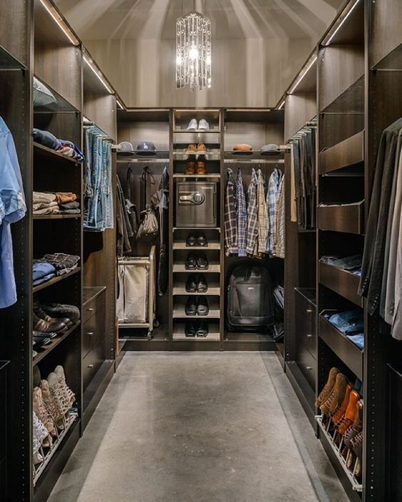Get To Know The Best Of Luxury Closet Design In A Selection Curated By Boca  Do Lobo To Inspire Interior Designers Looking To Finish Their Projects.