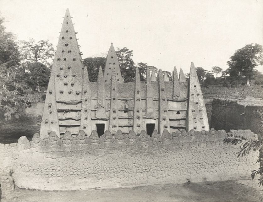 lost cities and architecture of pre-colonial africa., bimtuku