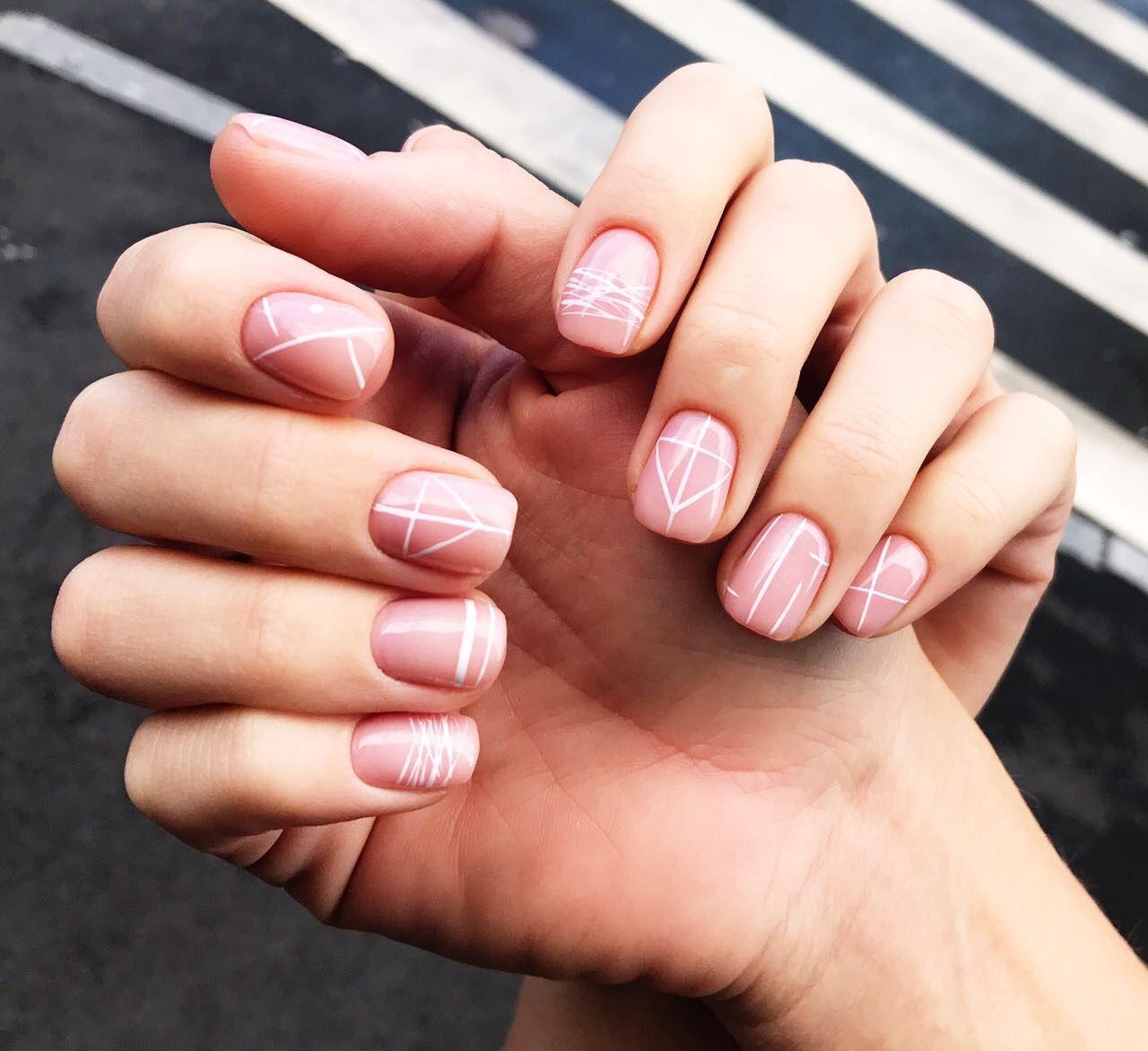 Pin de Розовая Принцесса en manicure | Manicura de uñas, Uñas doradas, Manicura para uñas cortas