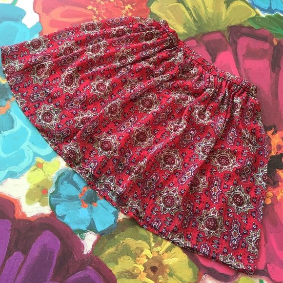 Floral Hollister  skater skirt good condition Floral skirt Hollister Skirts Mini