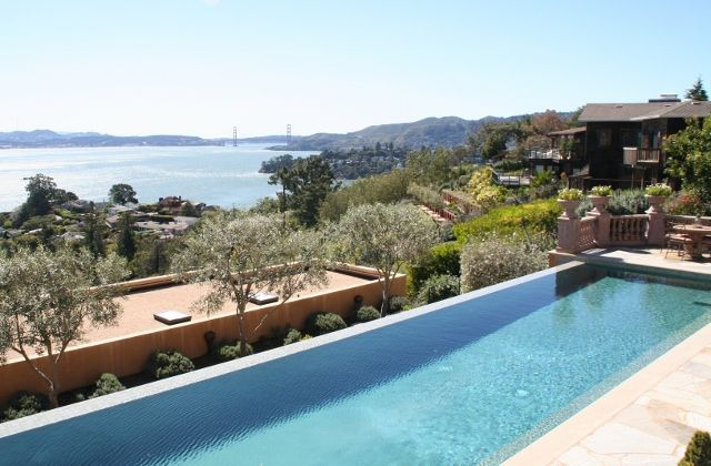Beautiful Infinity Pool In Tiburon Ca Marin County Would You Like To Enjoy The View Of The Bay And Mt Tam While Sitting By Th Pool Infinity Pool Spa Pool