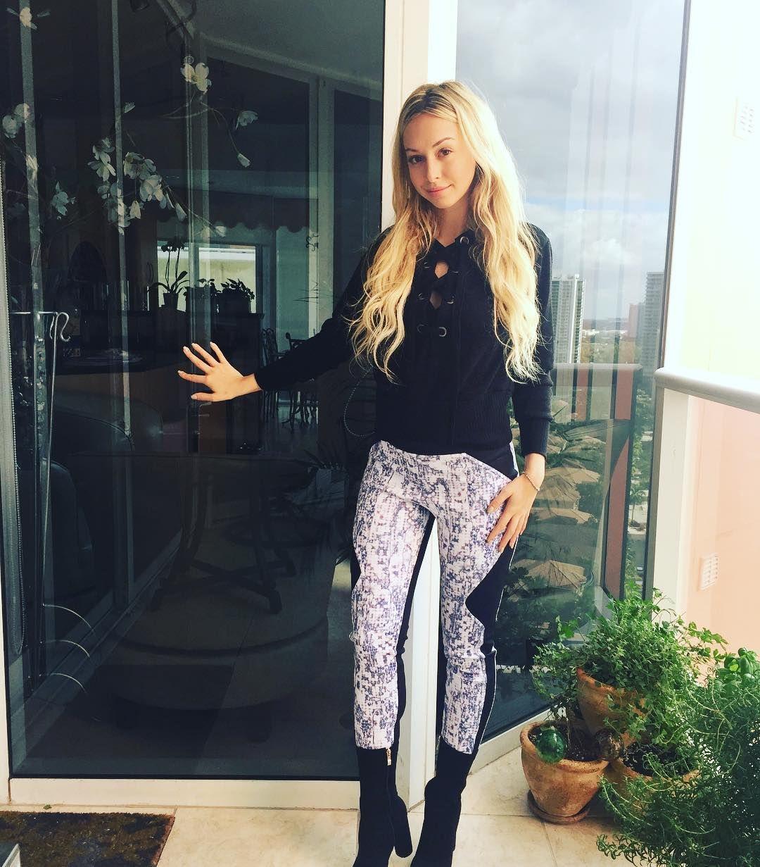 Corinne Olympios is so fascinating, insists \u0027The Bachelor\u0027 host ...
