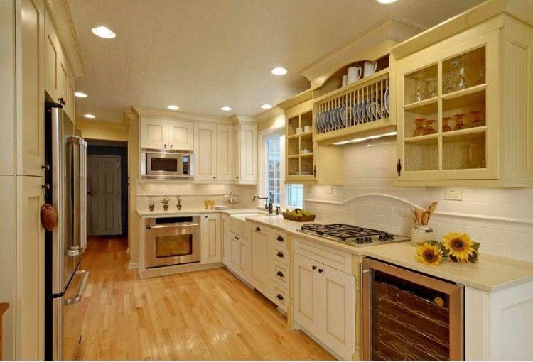 pinmilas misan on decor  cream kitchen cabinets