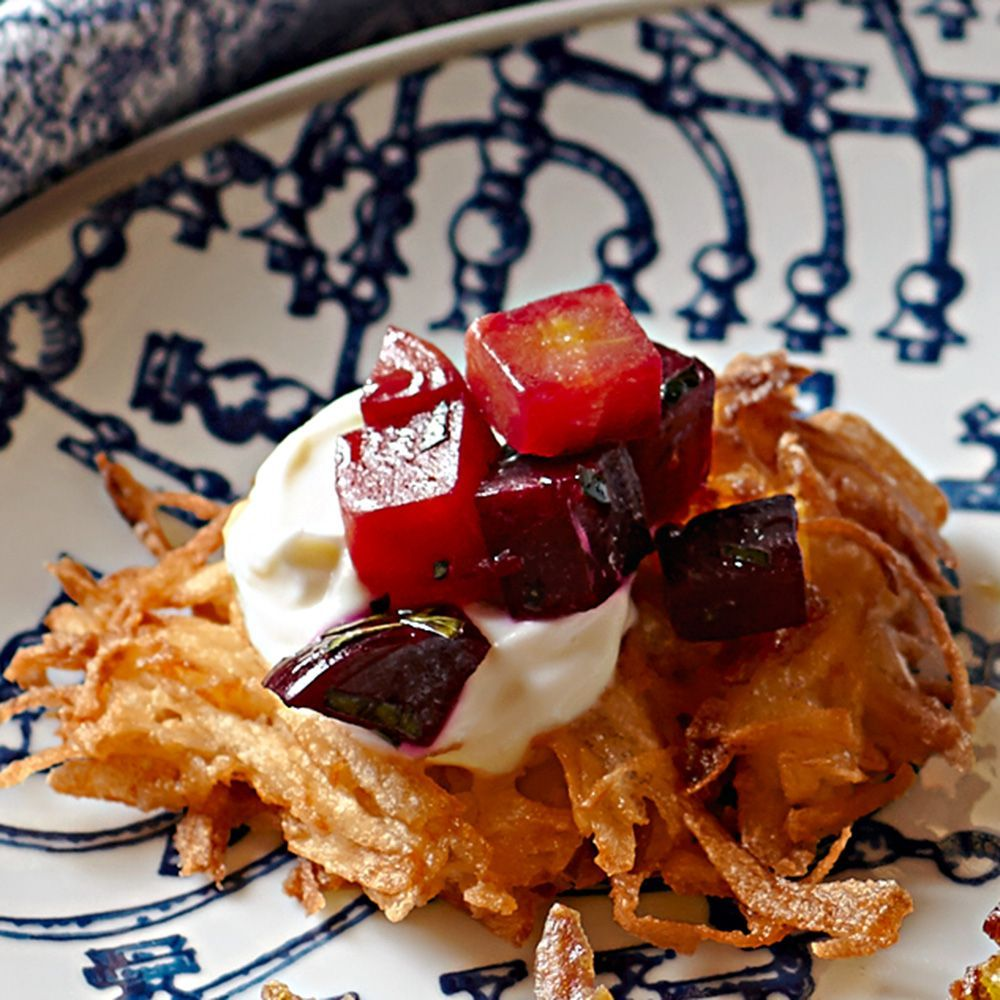 Deser williams pictures to pin on pinterest - Potato Latkes With Sour Cream And Beet Relish Williams Sonoma