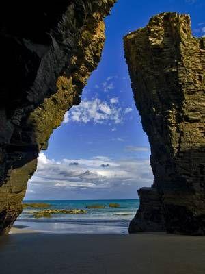 playa de las catedrales gijon