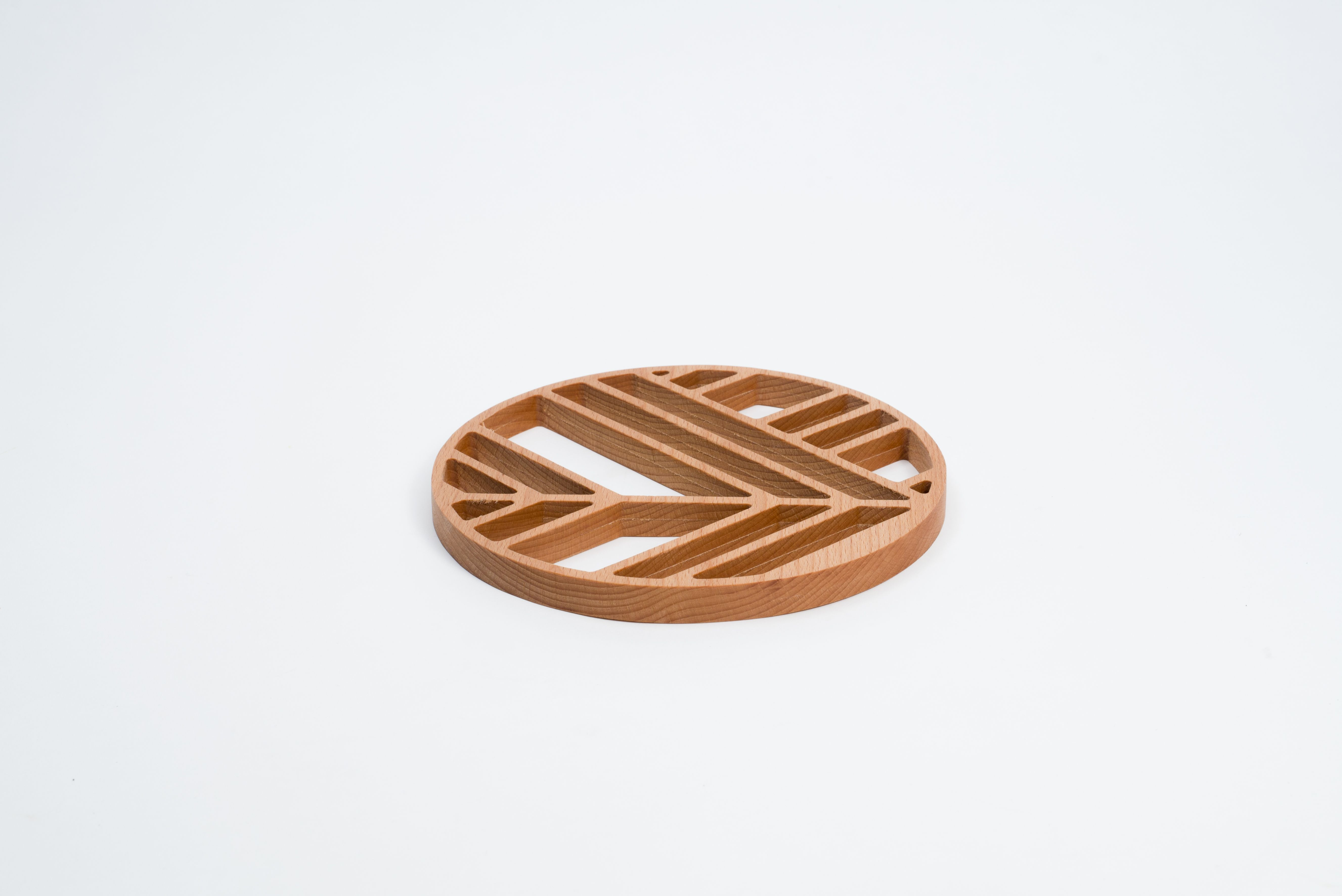 Elementi | Trivet  Designer: Elena Salmistraro (@allas) Brand: Offiseria Art Direction: @gradosei  Ph: Emanuele Chiaverini
