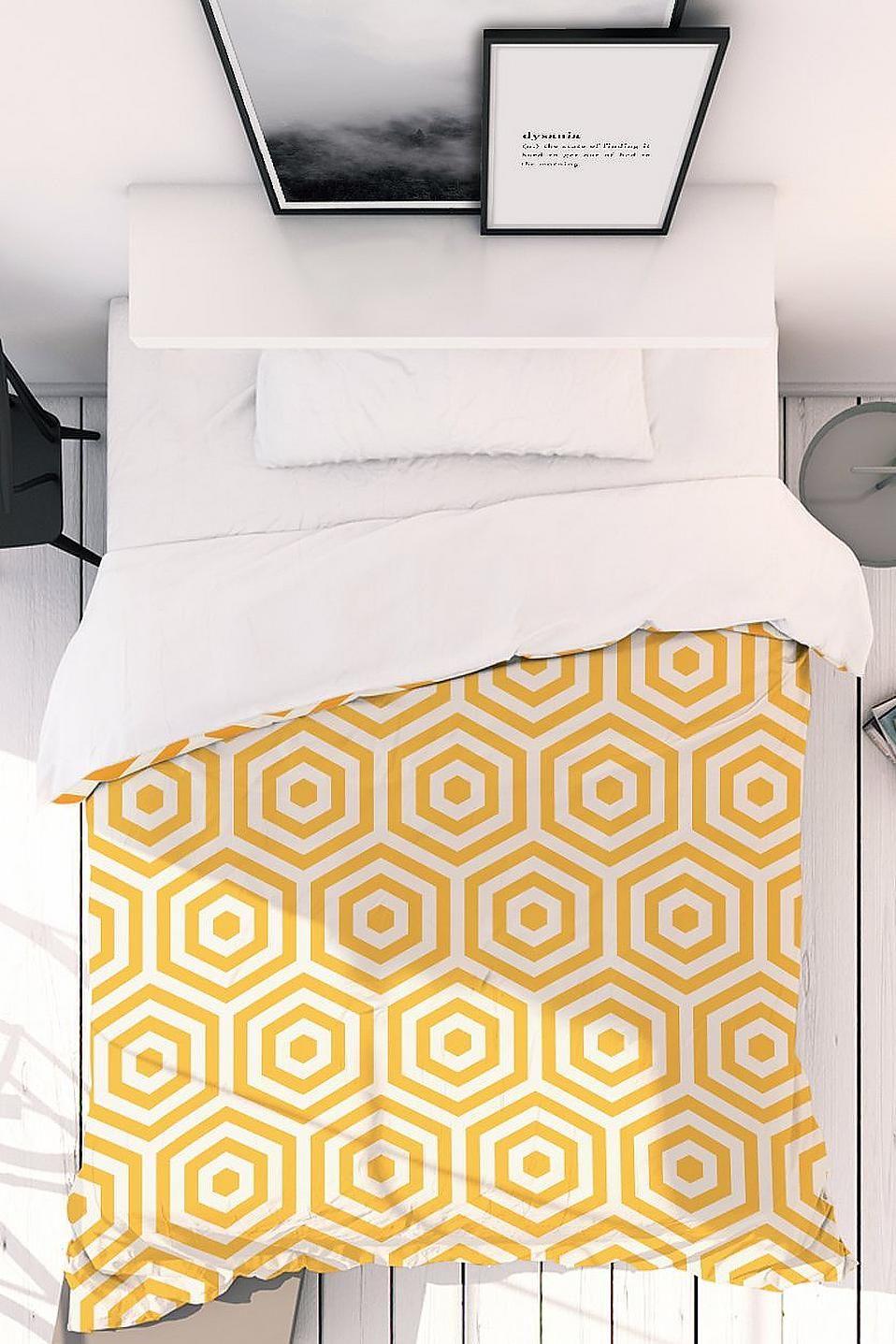 Bettwäsche »Yellow Beehive«, Juniqe auf Rechnung ...