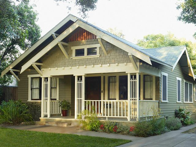 Arts and crafts green in 2019 craftsman style - Arts and crafts style homes ...