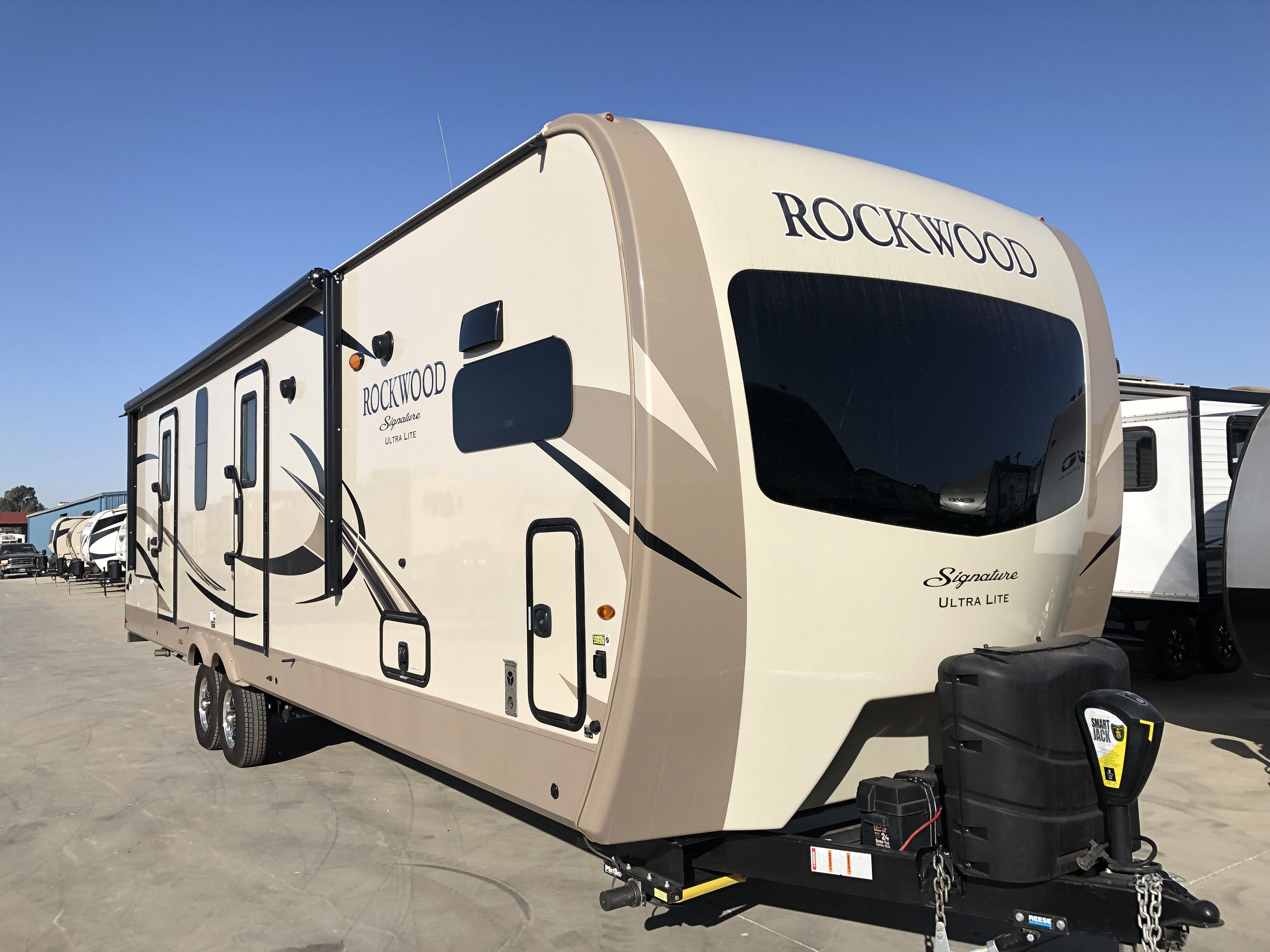 Used 2019 Rockwood 8335bss 209 273 3232 With Images Rockwood