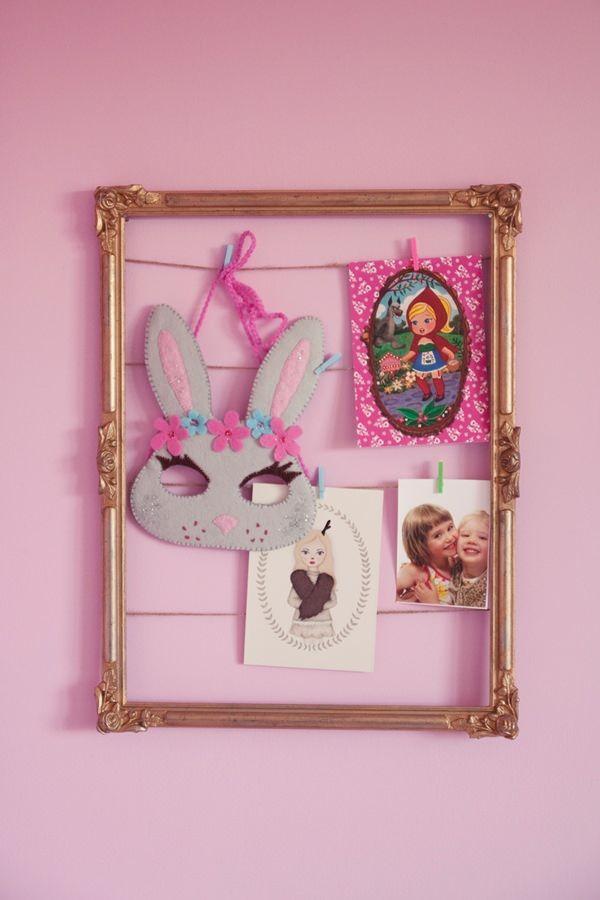 Habitaci n en rosa para una ni a con muebles de ikea for Objetos decoracion habitacion bebe
