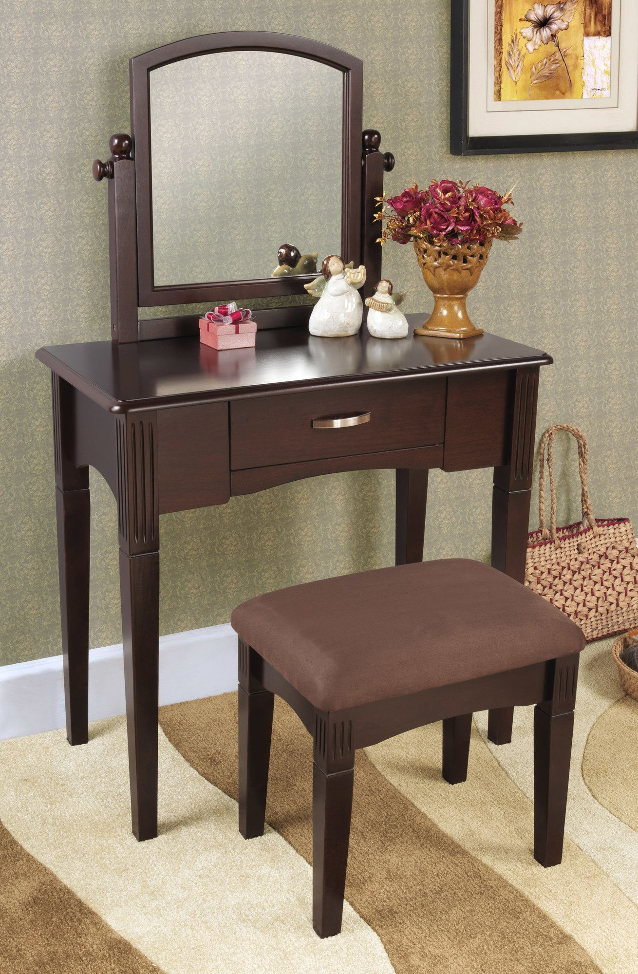 Features Set Includes Vanity Table Mirror And Stool Standing Felt Lined Drawers Traditional Style Product Type