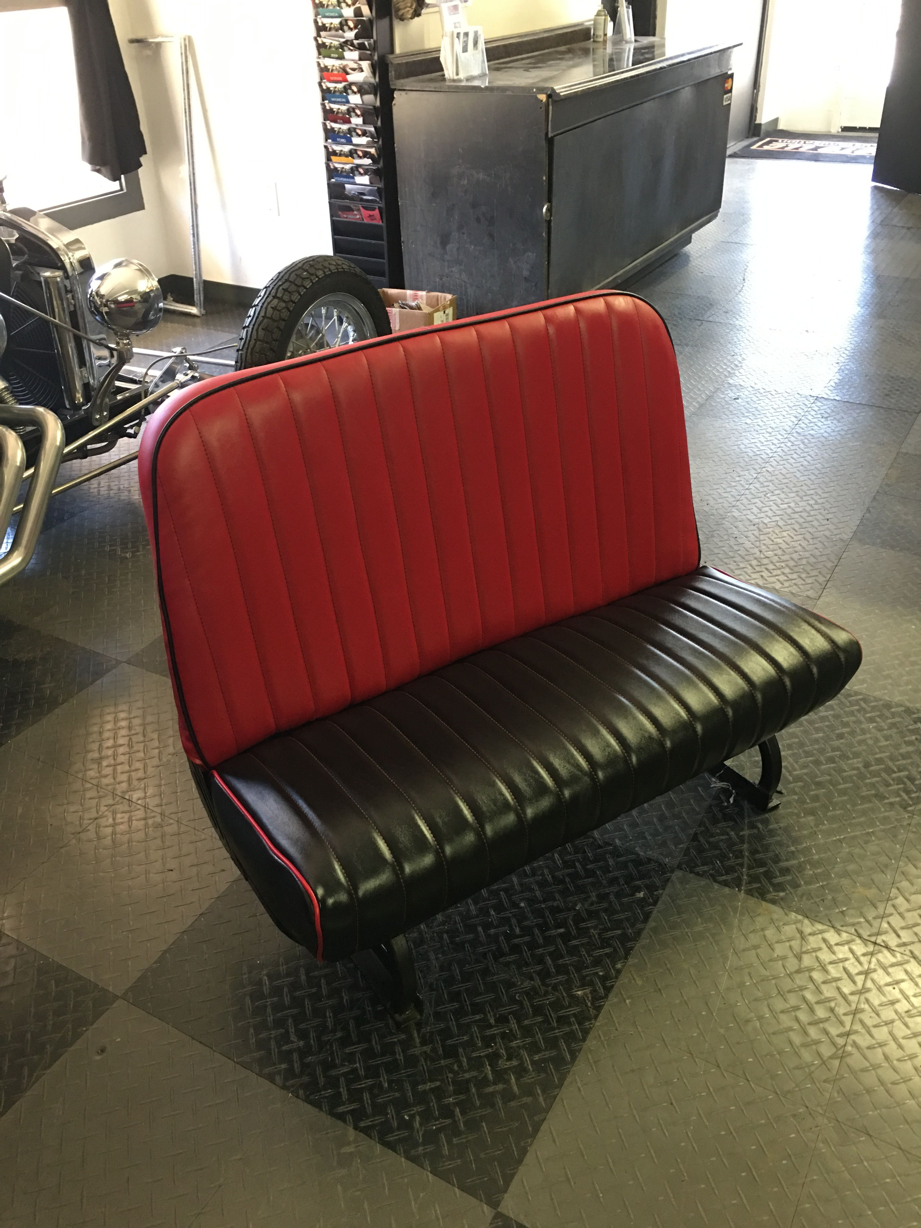 Groovy Stryker Custom This Bench Seat Is Rocking Red And Black Spiritservingveterans Wood Chair Design Ideas Spiritservingveteransorg