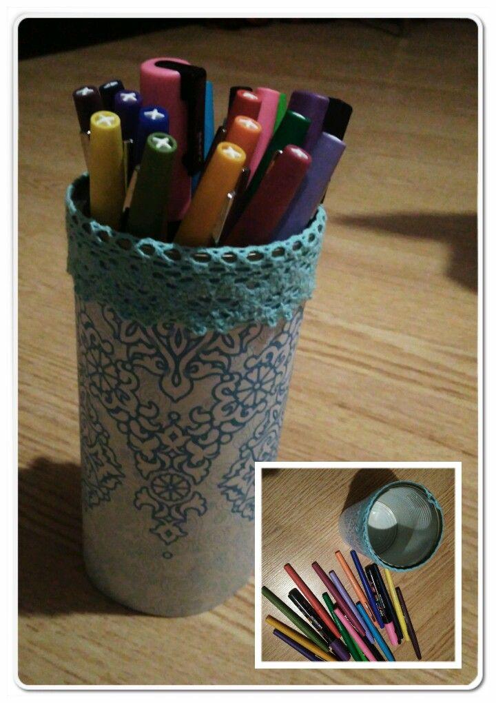 Un petit biy réalisé, pendant une journée avec des amies. Pour mettre des crayon et très jolie.